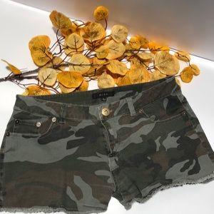 2 for 15$, Shorts 🩳 Camo colour, 98% cotton